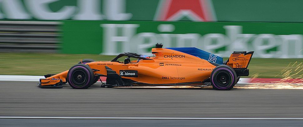 2018 Chinese Grand Prix FP3 Fernando Alonso (40970600574) (cropped)