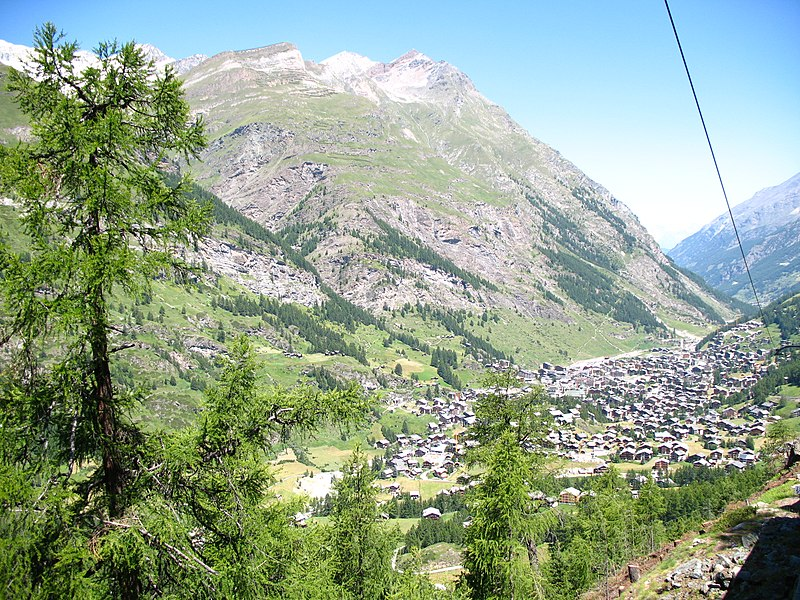 File:3809 - Zermatt - View from Gornergratbahn.JPG