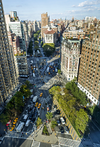 X-shaped intersection of Broadway (from lower right to upper left) and Amsterdam Avenue (lower left to upper right), looking north from Sherman Square to West 72nd Street and the treetops of Verdi Square 72Bway.png