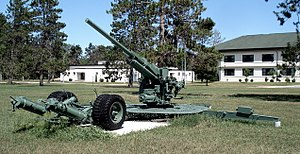 90 mm Gun M1/M2/M3 - A 90 mm M1 at CFB Borden