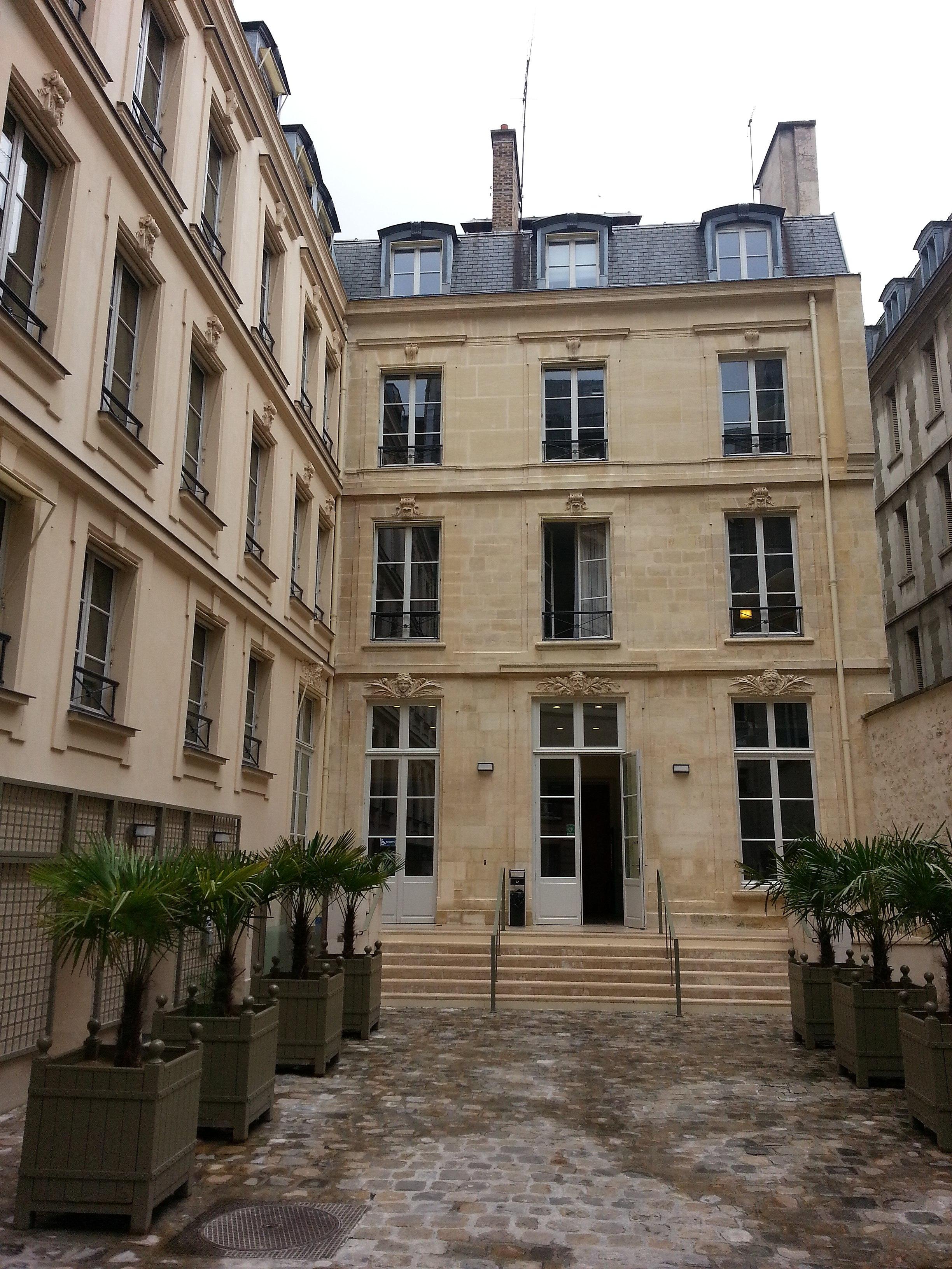 file 9 rue de la chaise cour int 233 rieure jpeg wikimedia commons