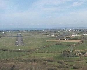 Saint-Brieuc – Armor Airport - Image: Aéroport St Brieuc Armor