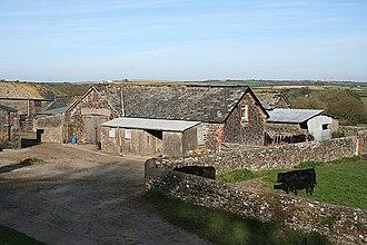 Abbots Bickington - Abbots Bickington: barns at Court Barton