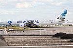 Air Austral, F-OREU, Boeing 777-39M ER (35764980175).jpg