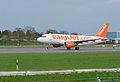 Airbus A319-111 (G-EZFS) 02.jpg