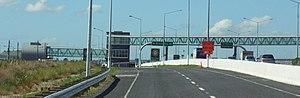 Akoranga Busway Station - Image: Aklbusway 23