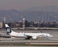 Alaska Airlines - N523AS (8351584661).jpg