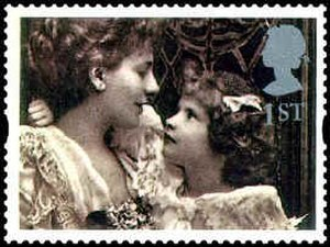 Alice Keppel - The Honourable Mrs George Keppel with her daughter Violet in 1899