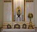 Altar de l'oratori del palau del marqués de Dosaigües.JPG