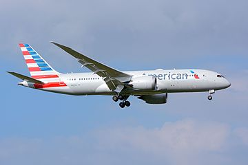 American Airlines, Boeing 787-8, N807AA - NRT (20787929066).jpg