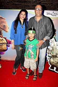 Amit Behl having blast at the screening of Disney's The Good Dinosaur.jpg