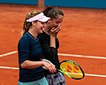 Anna Kalinskaya & Viktória Kužmová (48504066781).jpg