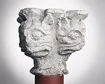 Anonyme toulousain - Chapiteau de colonne simple , Têtes monstrueuses - Musée des Augustins - ME 216 (1).jpg