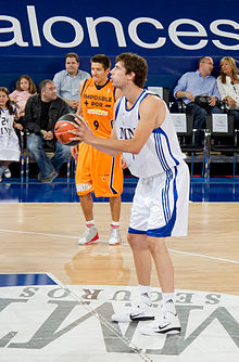 Ante Tomić - Tiro libre-Free throw - Real Madrid.jpg
