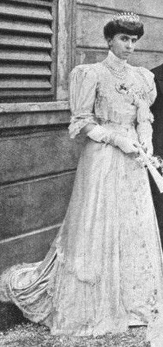 Infanta Maria Antonia of Portugal - Infanta Maria Antonia of Portugal, Duchess of Parma, 1906.