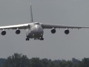 File:Antonov An-124 Ruslan landing at Gostomel Airport.webm