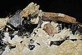Apatite, quartz fumé, cleavelandite 1.JPG