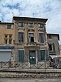 Arles - 10 Rond point des Arènes.jpg