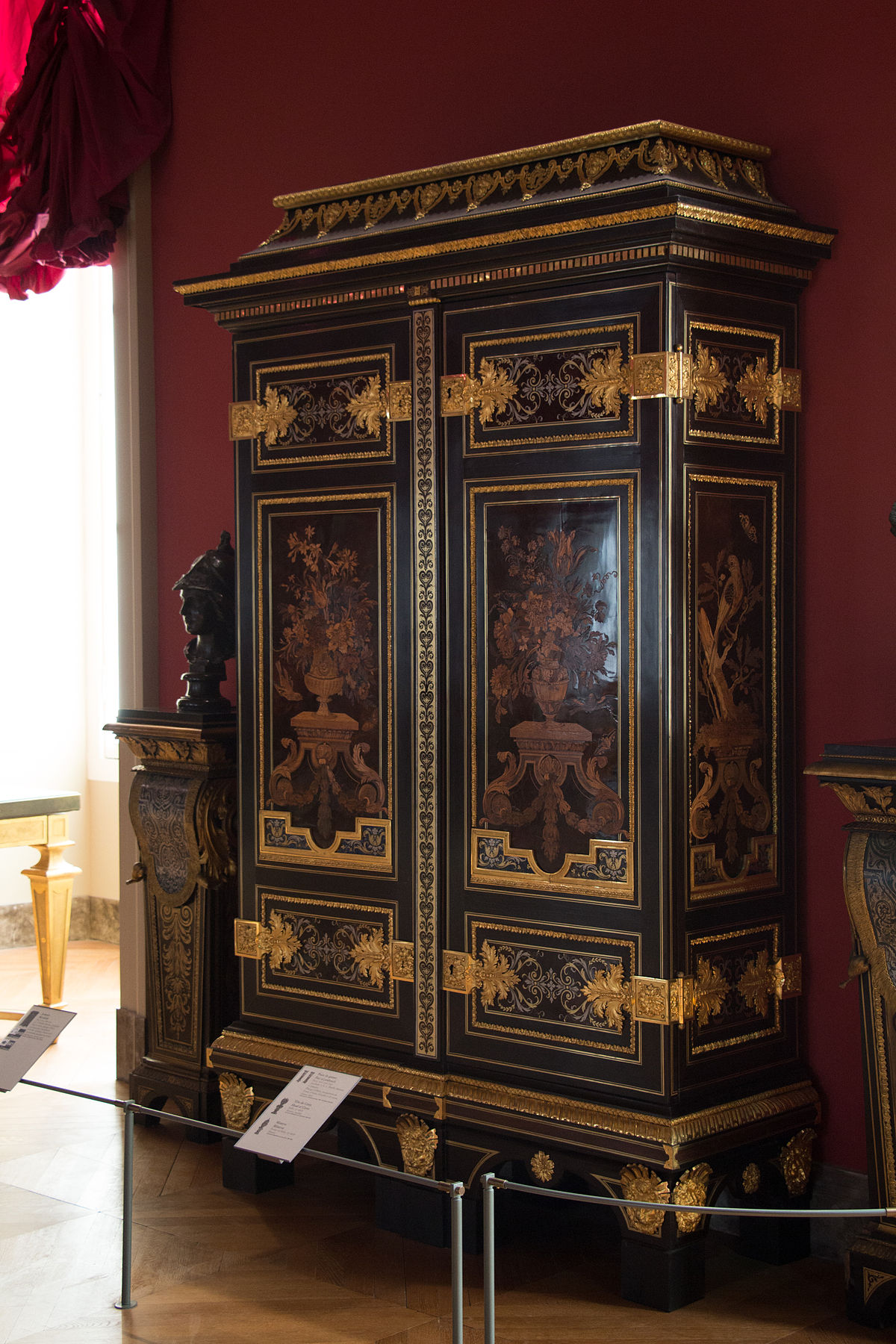 armoire aux perroquets louvre wikip dia. Black Bedroom Furniture Sets. Home Design Ideas