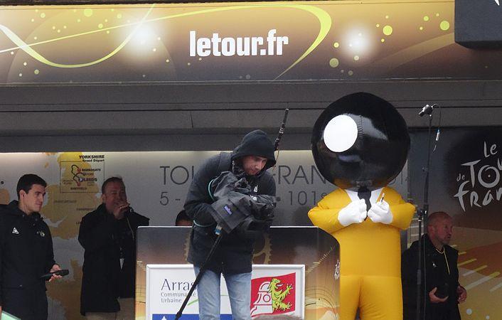 Arras - Tour de France, étape 6, 10 juillet 2014, départ (30).JPG