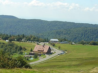 Col du Ballon d'Alsace - Boutiques and restaurants at the col