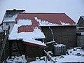 Auch Wintersonne schmilzt Schnee auf metallenem Scheunendach, 19. 01. 2012 - panoramio.jpg