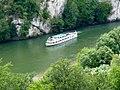 Ausflugsschiff in der Weltenburger Enge - geo.hlipp.de - 26013.jpg