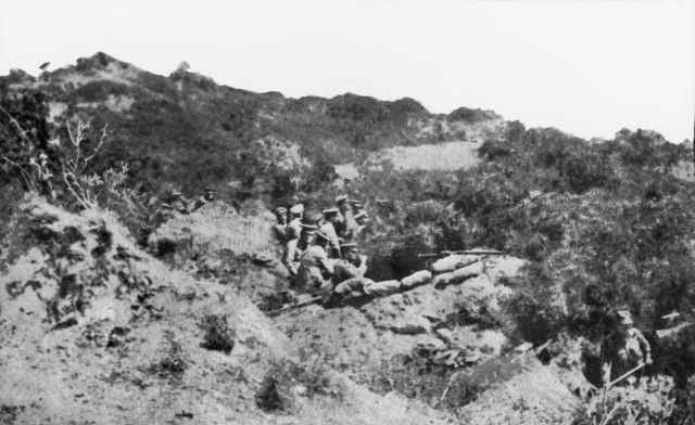 Australian trench Anzac Cove 25 April 1915