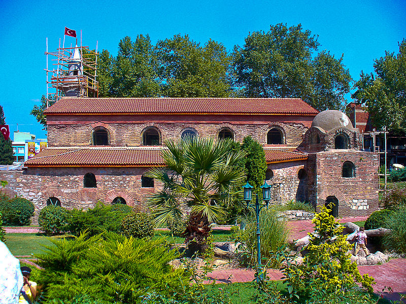 Византијаска архитектура 800px-Ayasofya_Iznik_903