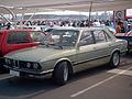BMW 525i 1985 (16905750180).jpg