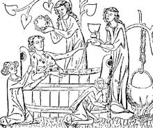 صَليب ماتيلد تَمَّ صُنعه مِن أجل ماتيلد آبيس إيسن (973-1011)، الذي ظَهَر راكِعاً أمامَ العذراء والطفل في لوحة المينا. على الأرجح صنعت في كولونيا أو