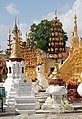 Bagan-Shwezigon-135-gje.jpg
