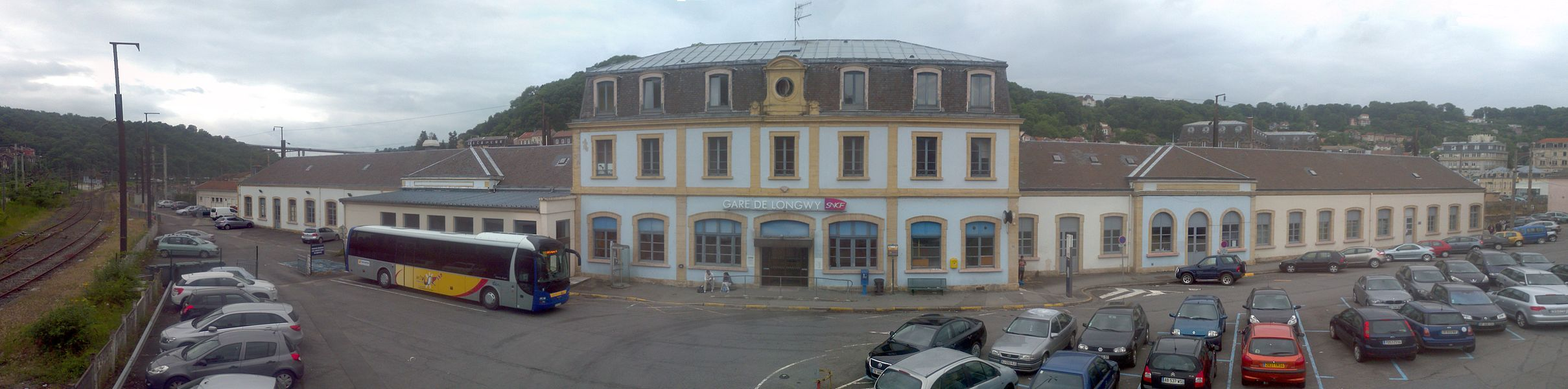 Bahnhofvorplatz Longwy, Lothringen