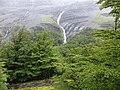 Bajo la lluvia en la Cordillera Paine, Parque nacional Torres del Paine, Chile.jpg