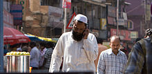 Bangalore guy in white on phone 2 November 2011 -38.jpg