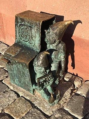 Wrocław's dwarfs - Image: Bankomatki