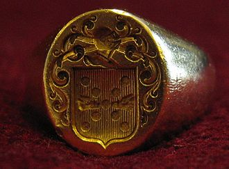 A signet ring with coat of arms Baronnet-signet-ring.JPG