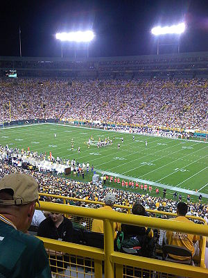 2007 Green Bay Packers season - Image: Bearsat Packers Oct 0707
