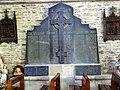 Belle-Isle-en-Terre. Eglise. Mémorial 1914-1918.jpg