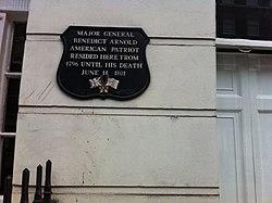 Photo of Benedict Arnold black plaque
