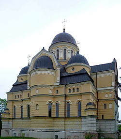 Berestechko Gorokhivskyi Volynska-Troitska church-general view-2.jpg