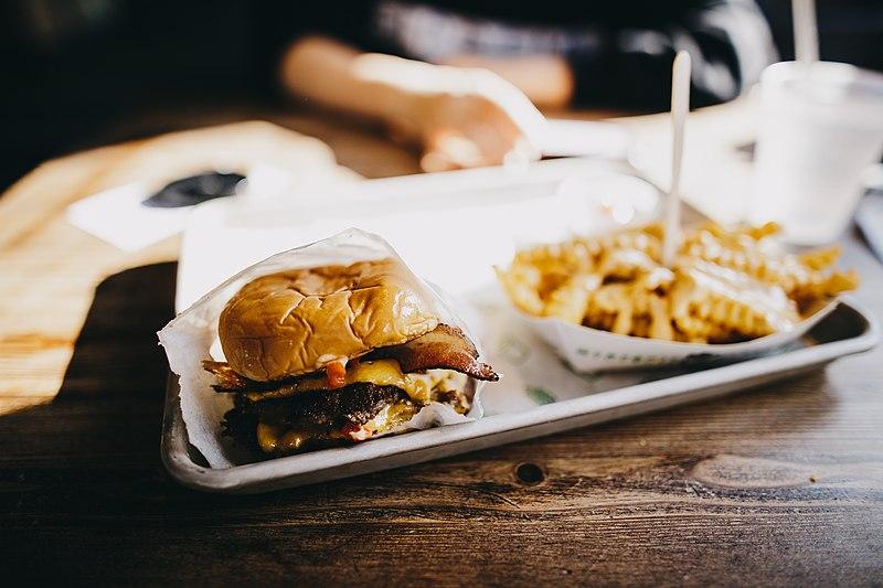 Onde comer hambúrguer perto da Times Square