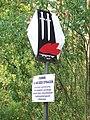 Biłgoraj, krzyż w lesie Rapy 4.jpg