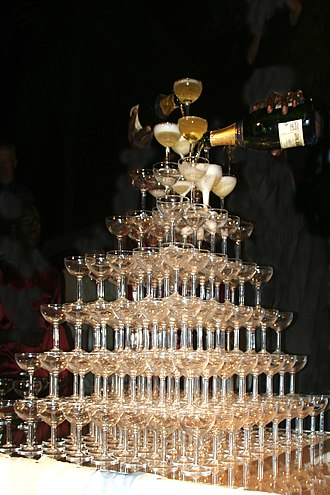 Champagne glass - Champagne tower