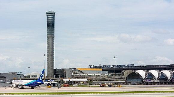 68d4263e48b Suvarnabhumi-lufthavnen åbnede i 2006.