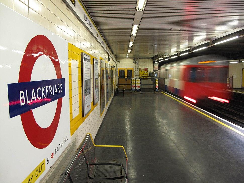 Blackfriars station (6960331031)