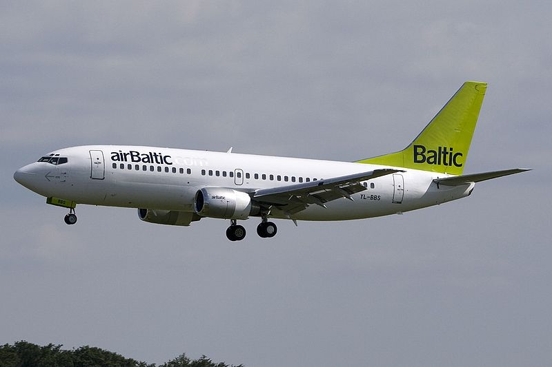 Lêer:Boeing 737-31S Air Baltic YL-BBS, LUX Luxembourg (Findel), Luxembourg PP1245863560.jpg