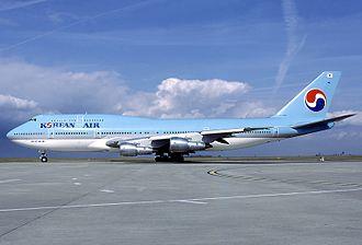 Korean Air Flight 801 - Image: Boeing 747 3B5, Korean Air AN0610287