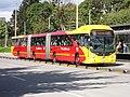 Bogota TransMilenio bus biarticulado.jpg