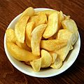 Bowl of chips at the White Hart Inn, Moreton, Essex, England.jpg